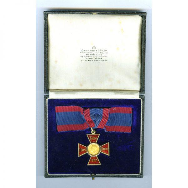 Royal Red Cross (GVI) 1