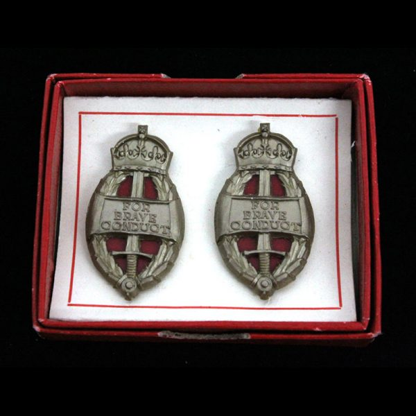 An Original Pair of King's Commendation for Brave Conduct Badges 1