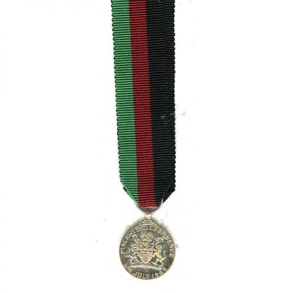 Malawi Independance medal (EIIR) (L18000)  E.F. £20 2