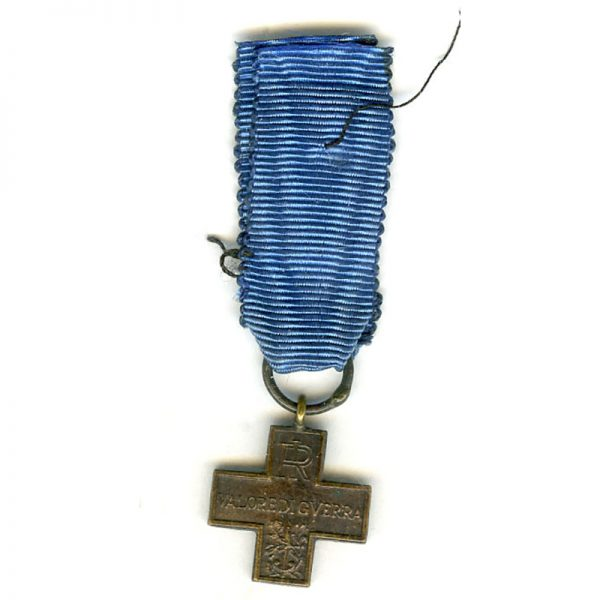 War Cross R.I 	(L18624)  G.V.F. £25 2