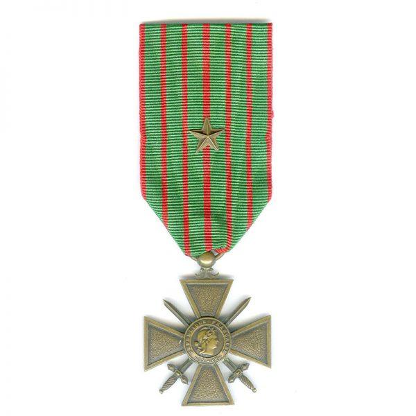 Croix de Guerre 1914-15(L20140)  V.F. £25 1