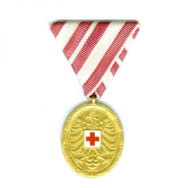 Red Cross Merit Medal Republic gilt(L20874)  N.E.F. £45 1