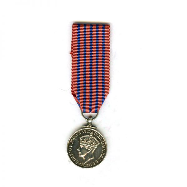 George  Medal (GVI) silver old issue (L21661)  N.E.F. £75 1