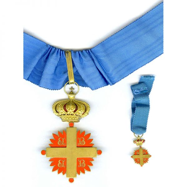 Order of the Cross of Constantinople  Commander in case of issue with... 1