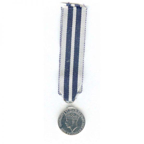 K.P.M. (GVI) Distinguished Service 1