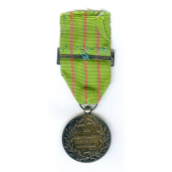Portuguese Legion Medal for Dedication silver with silver ribbon buckle 2
