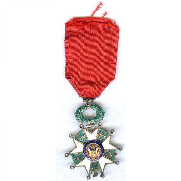 Legion D'Honneur 1870-1951 Knight superb deluxe issue with raised wreath and gold... 2