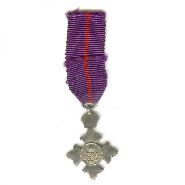 M.B.E. 1st type Military(L22824)  N.E.F. £20 1