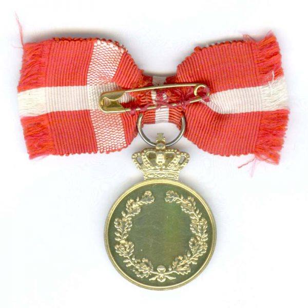 Medal of Recompense Frederick IX  with   crown silver gilt 2