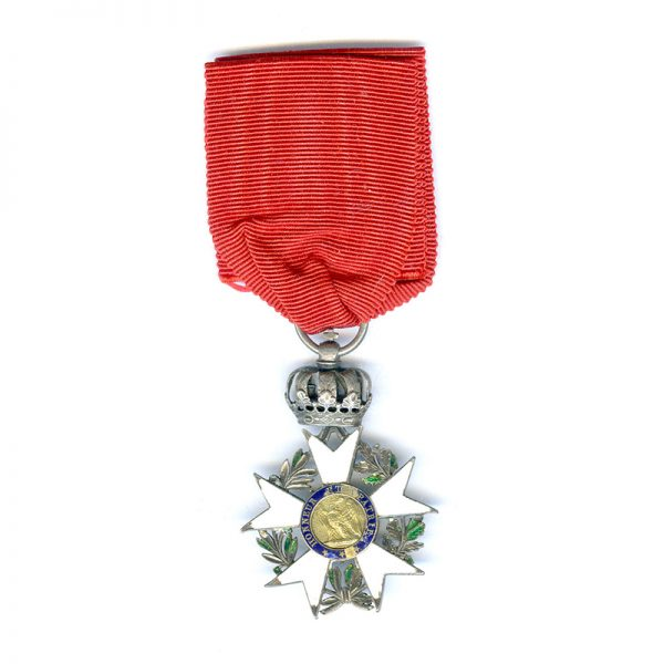 Legion D'Honneur  Knight  1st Empire 3rd type some chipping but still attractive... 2