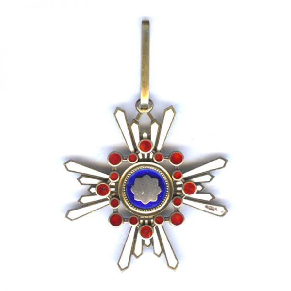 Order of Sacred Treasure 3rd Class neck badge one arm chipped (n.r... 1