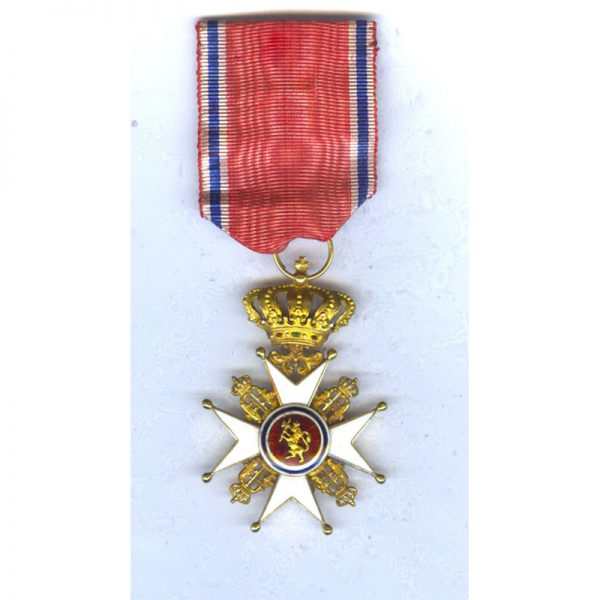 Order of Olaf Officer 1st type in GOLD superb quality very early... 1