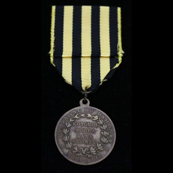"Dahomey medal 1892 General Dodds medal  ""Campagne Du Dahomey 1890-1892""  brass 29mm 2"