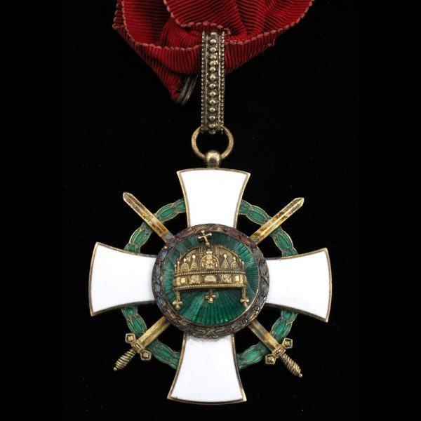 Order of The Holy Crown commander with war decoration and swords 1