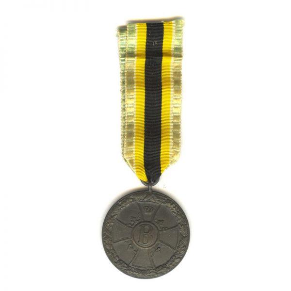 War Merit Medal 1915-1918 bronze (L27236)  G.V.F. £65 2
