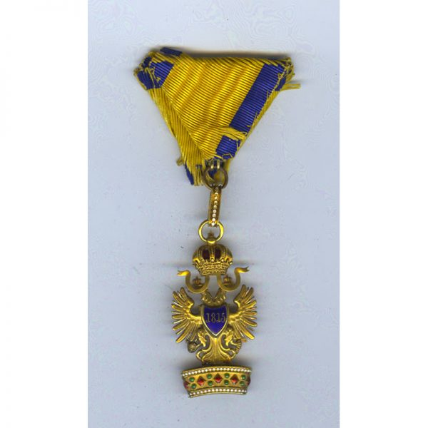 Order of the Iron Crown 3rd class badge in gold with Rothe... 2