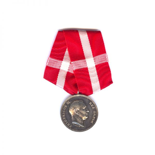 Medal of Recompense Frederick IX   silver (L28228)  N.E.F. £75 1