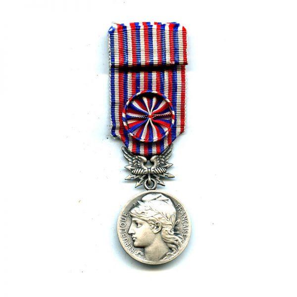 Posts and Telegraphs Medal of Merit silver unnamed(L9989)  G.V.F. £65 1