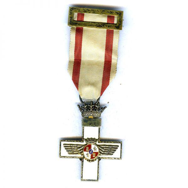 Air Force  Merit Order Knight Franco   White enamel 1