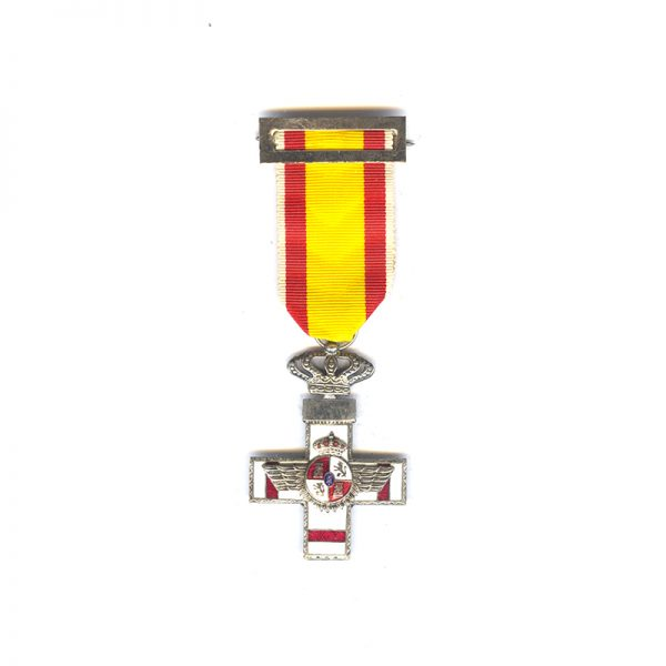 Air Force  Merit Order  breast badge  Kingdom  white enamel with red bars 1