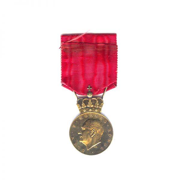 King Olav V 's Commemorative medal silver gilt 1