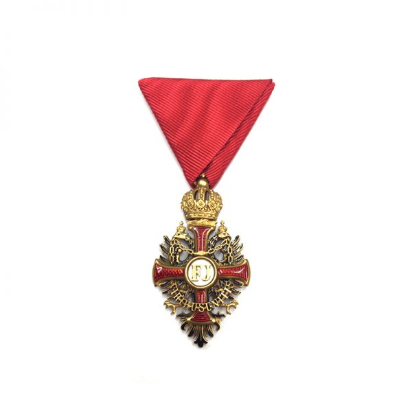 Order of Franz Joseph Knight badge in hallmarked  gold with locket 1