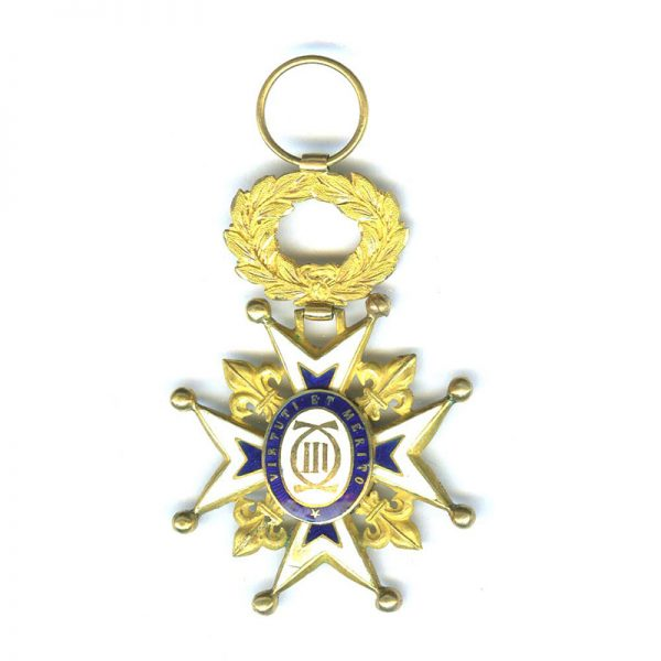 Order of Charles III Officer gold superb quality a little chipping 2