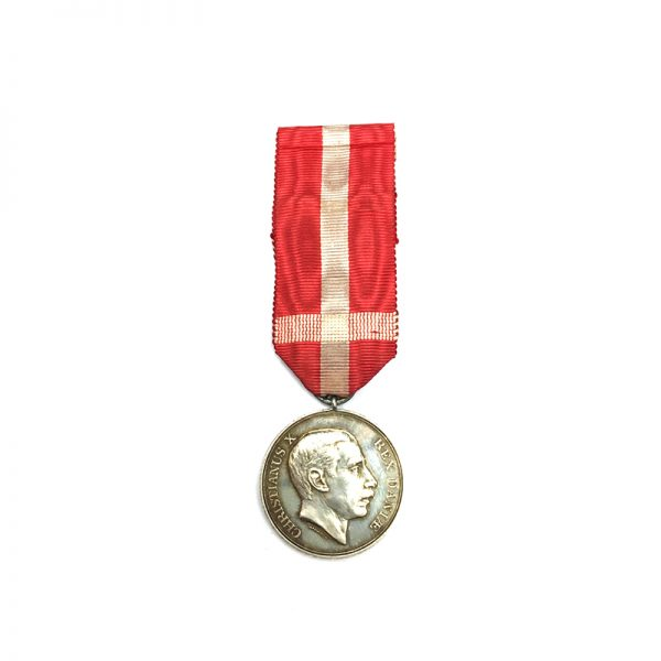 Medal of Recompense Christian  X  silver(L26395)  N.E.F. £85 1