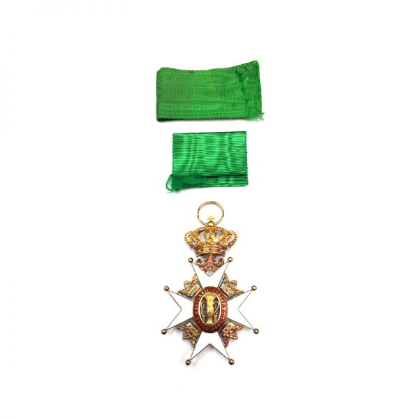 Order of Vasa Officer in Gold in fitted case of issue by... 2