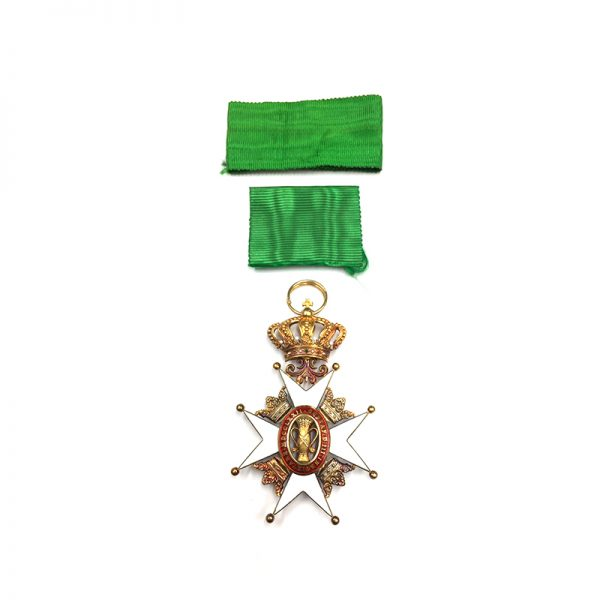 Order of Vasa Officer in Gold in fitted case of issue by... 1