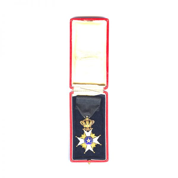 Order of the North Star Officer in Gold in  case 5