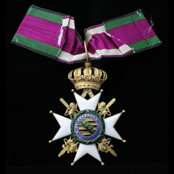 Order of Saxe Ernestine Commander neck badge with Swords 2