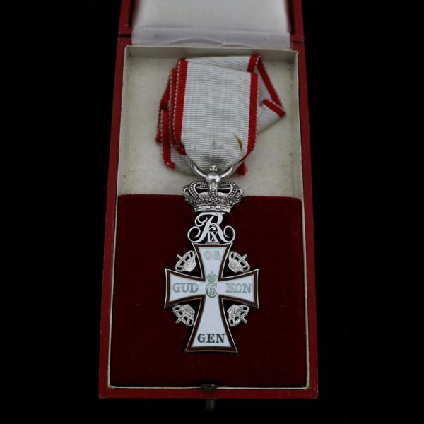 0rder of Dannebrog Knight 2nd class Frederick IX in silver 1