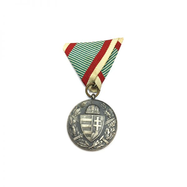 War Medal 1914-18 with Hungarian official ribbon 1