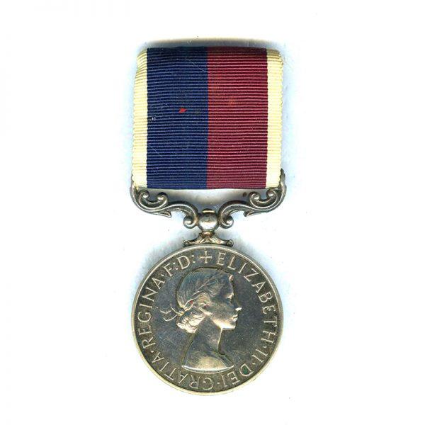 Royal Air Force LSandGC (EIIR) 1