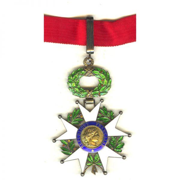 Legion D'Honneur 1951-62 IVth Republic  Commander  silver gilt superb quality and... 1