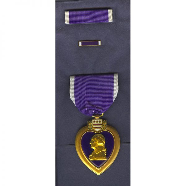 Purple Heart Vietnam and later  issue with ribbon bar and lapel bar... 1