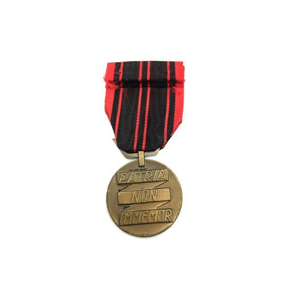 Resistance medal 1939-1945 2