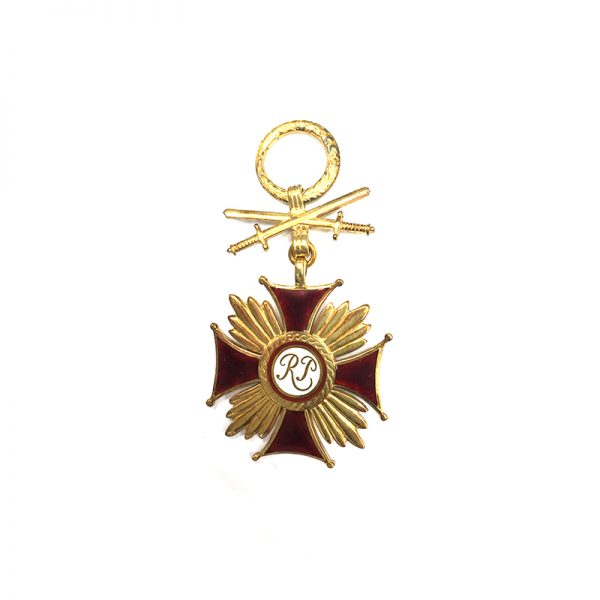 Cross of Merit R.P. gold  (silver gilt ) with swords 1