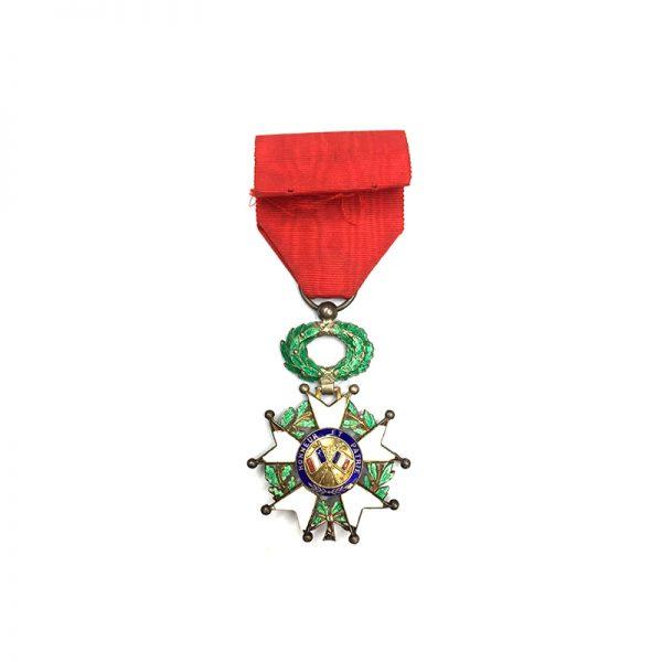Legion D'Honneur 1951-62 IVth Republic  Knight 2