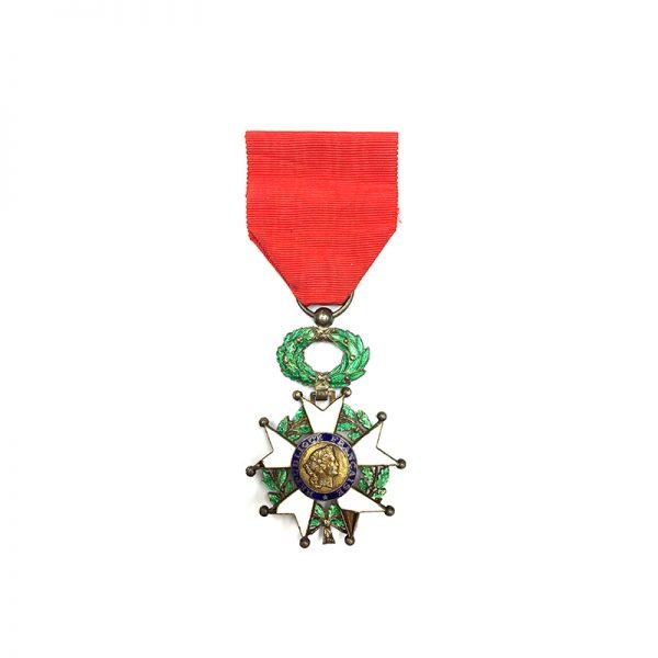 Legion D'Honneur 1951-62 IVth Republic  Knight 1