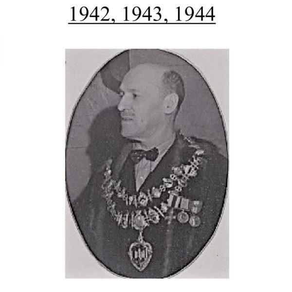 MC and Pair, Berkshires 5 times Mayor of Newbury 4