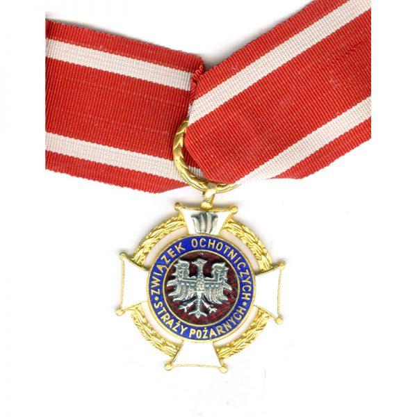 Crioss of Merit for Volunteer Fire Fighters 1