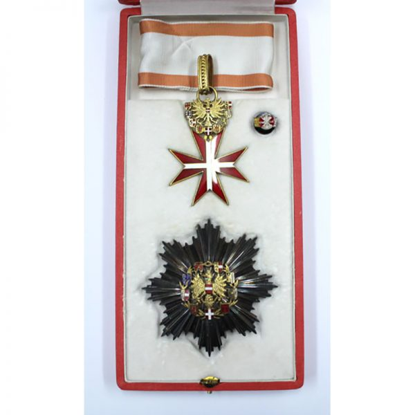 Republic Order of Merit Type II 1952 Grand Officer  breast star and... 1