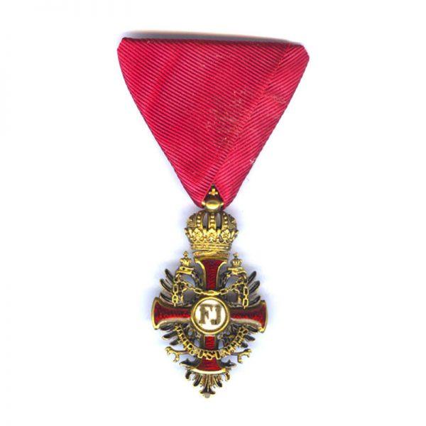 Order of Franz Joseph Knight badge in hallmarked  gold with locket 1