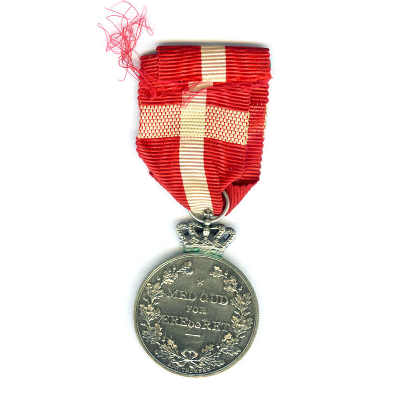 Christian IX  Centenary medal bar  1818-8April-1918 2