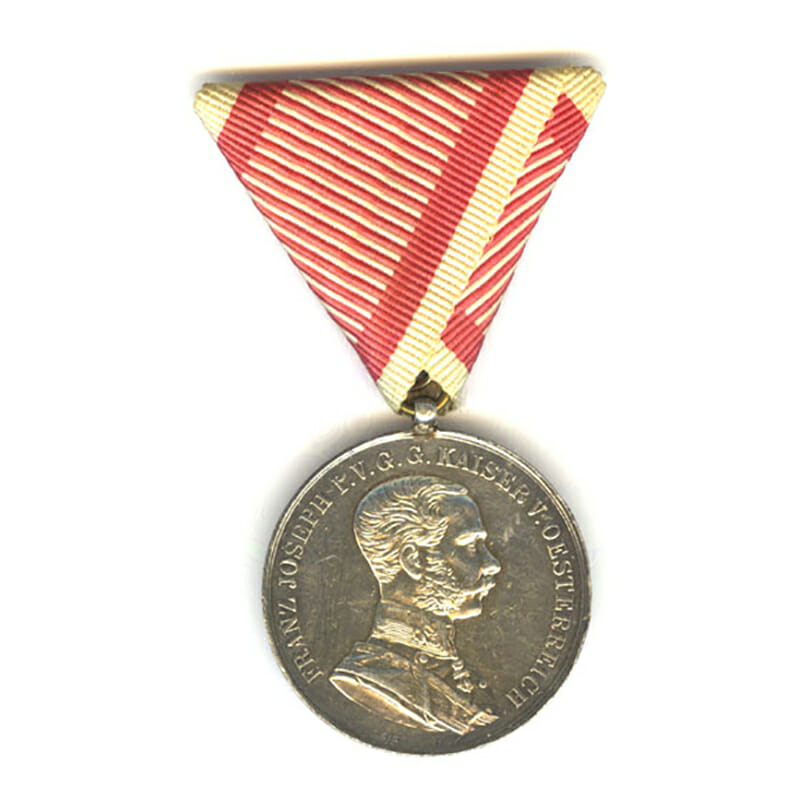 Medal for Bravery Franz Joseph 1914-1917 large silver by Leisek 1
