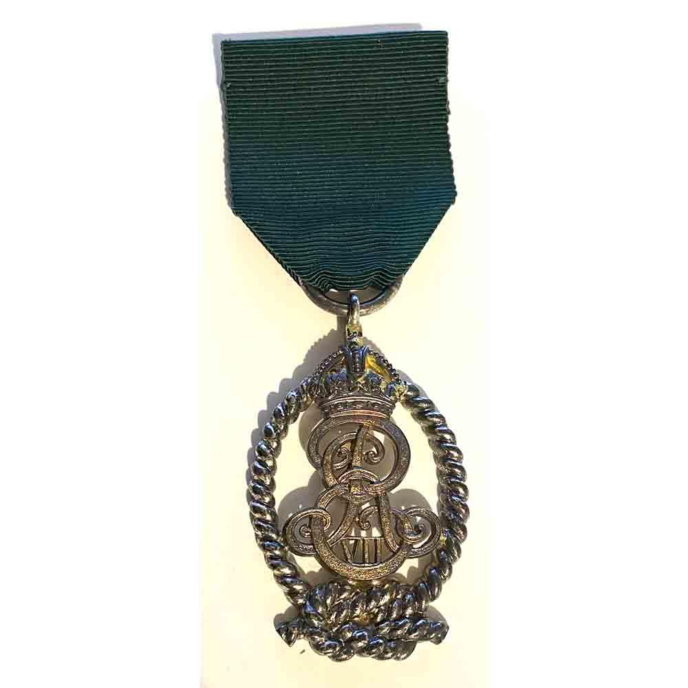Royal Naval Reserve Officer Decoration 1