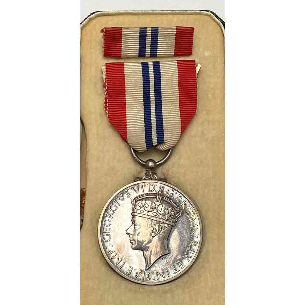 Kings Medal for Courage WW2 1