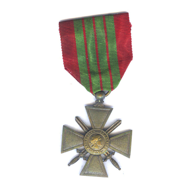 Croix de Guerre 1939 6th type with blank reverse and unique effigy 1